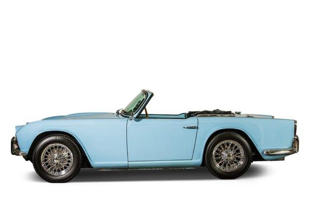 Hertz-Classics Triumph TR-4